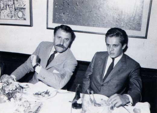 """Cena di Vernissage dopo la prima mostra di Impronte, ottobre 1960 alla """"Colomba"""" con Carlo Cardazzo della Galleria il Cavallino (Venezia)"""