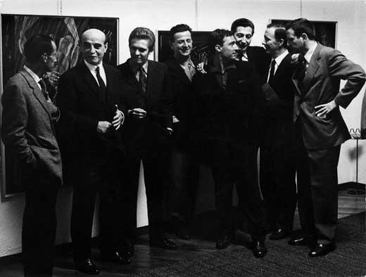 Vernissage della seconda Mostra di Impronte alla Galleria del Naviglio. Recalcati con Fontana e gli amici pittori. Milano, 1962
