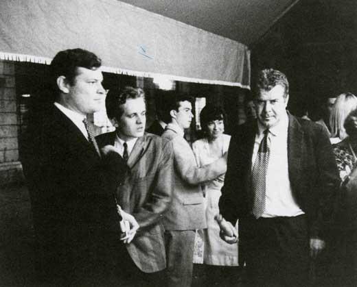 Franco Angeli, Recalcati e lo scrittore Germano Lombardi alla Biennale di Venezia, 1964